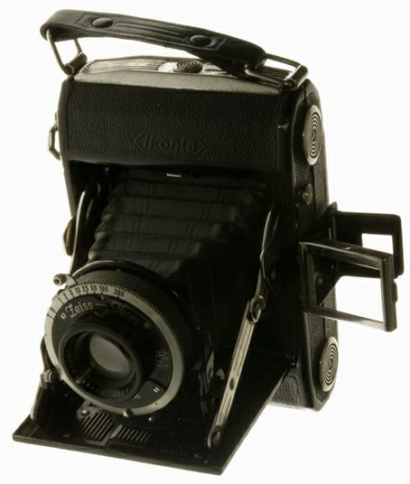 Zeiss ikonta 1932. photo michel ducruet